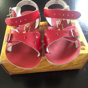 Sun-San sweetheart sandals